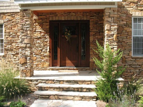 Cultured Stone-Best Decoration Material for Home Interior and Home Exterior.