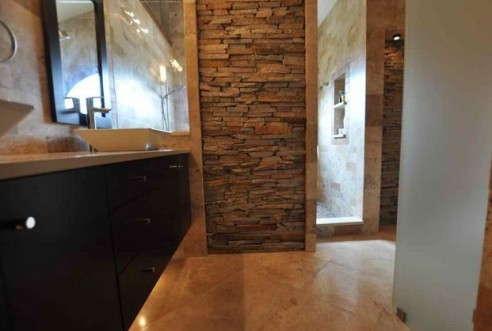 Create a Mood in The Bathroom With Stone Veneers